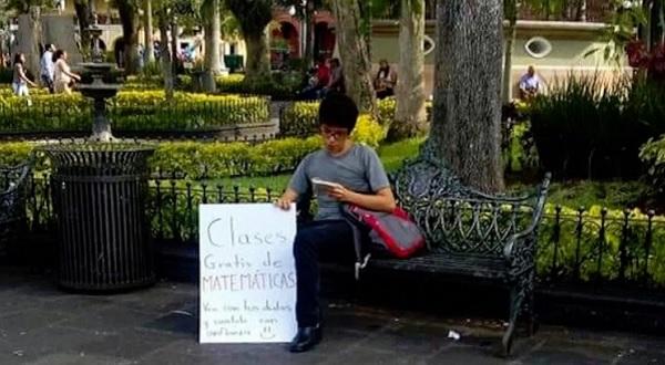 Joven de Veracruz ofrece clases gratuitas de matemáticas y se hace viral